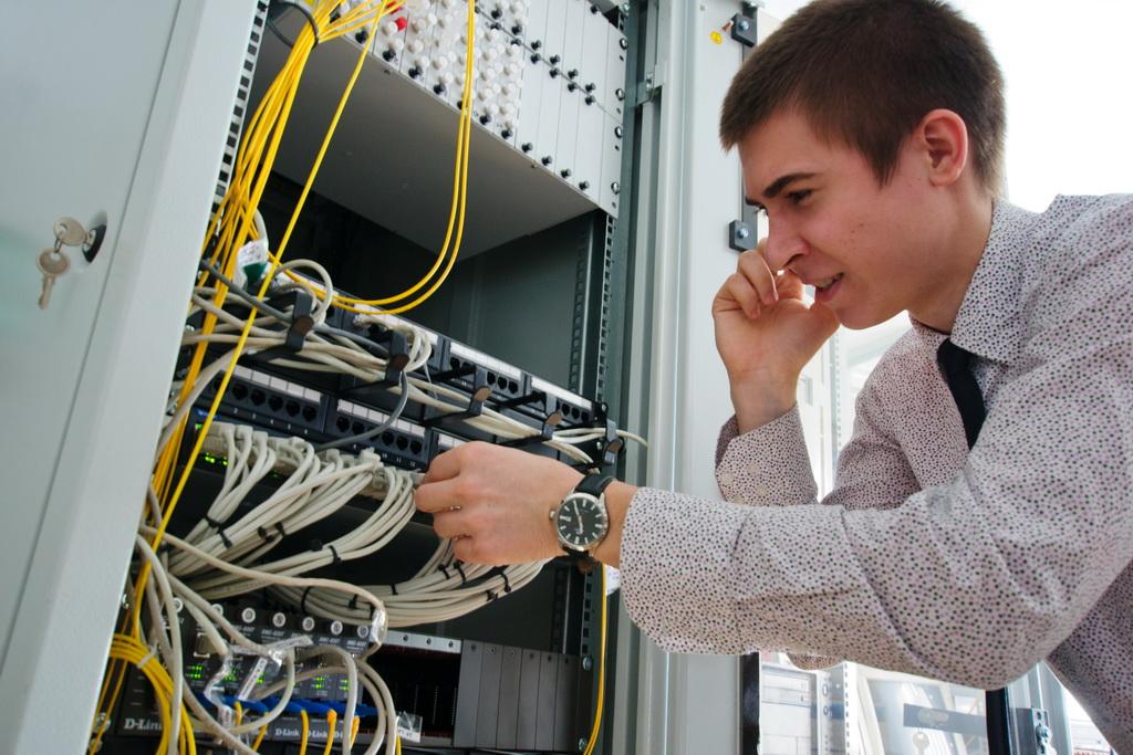 Как подобрать системного администратора в небольшой офис?